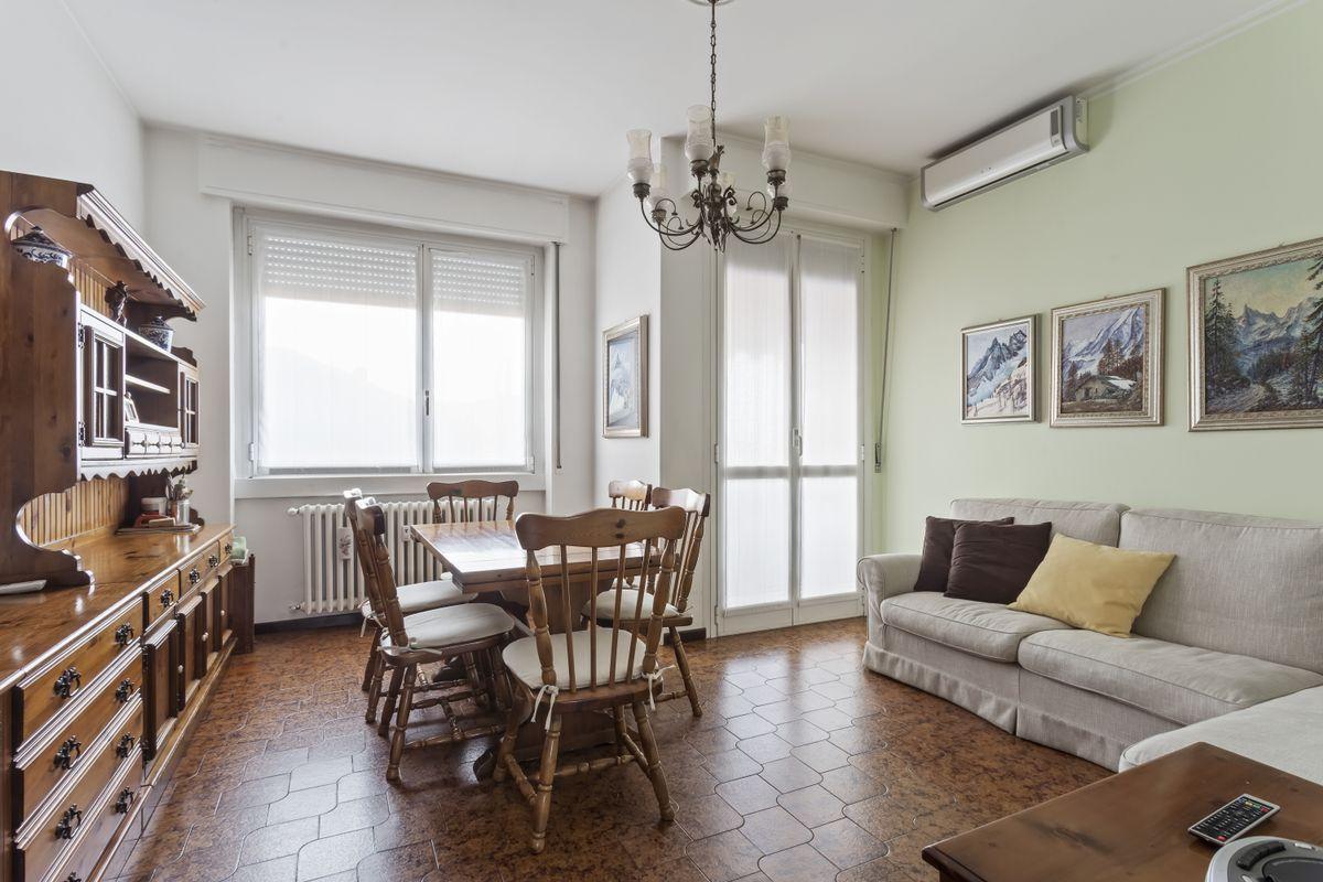 Vendita appartamento via L. Zuccoli, 22, Monza | Dove.it